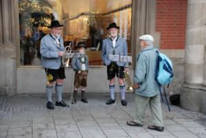 Die altbekannten Musiker.