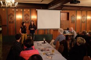 Melanie und Barbara, die Autorinnen des Bloß lieberdraussen erzählen von ihren Erlebnissen am Traumpfad.